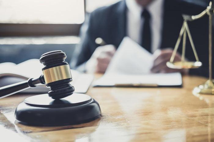 انواع وکیل حقوقی