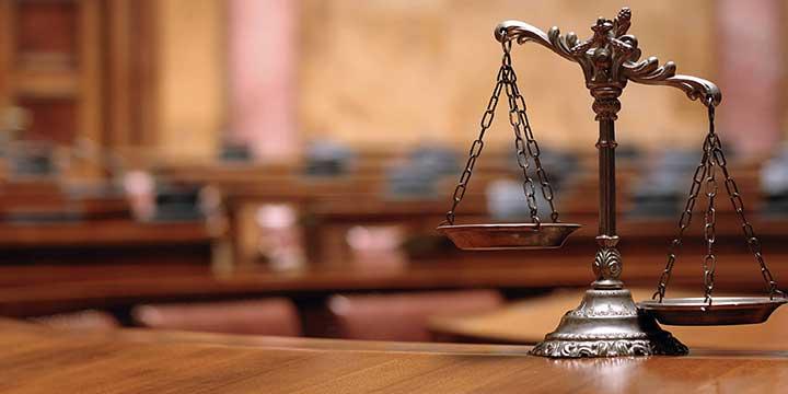 وکیل پایه یک دادگاه خانواده
